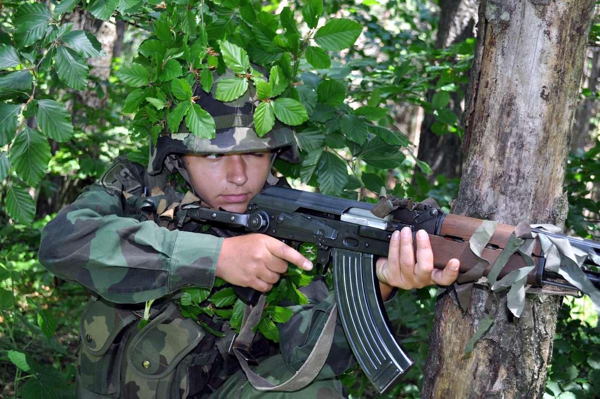Очень грозная сила: Девушки в армейской униформе (26)