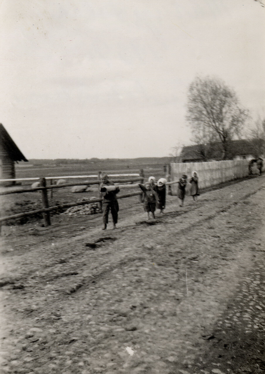 Помощники. Фото Семак Франца.1939