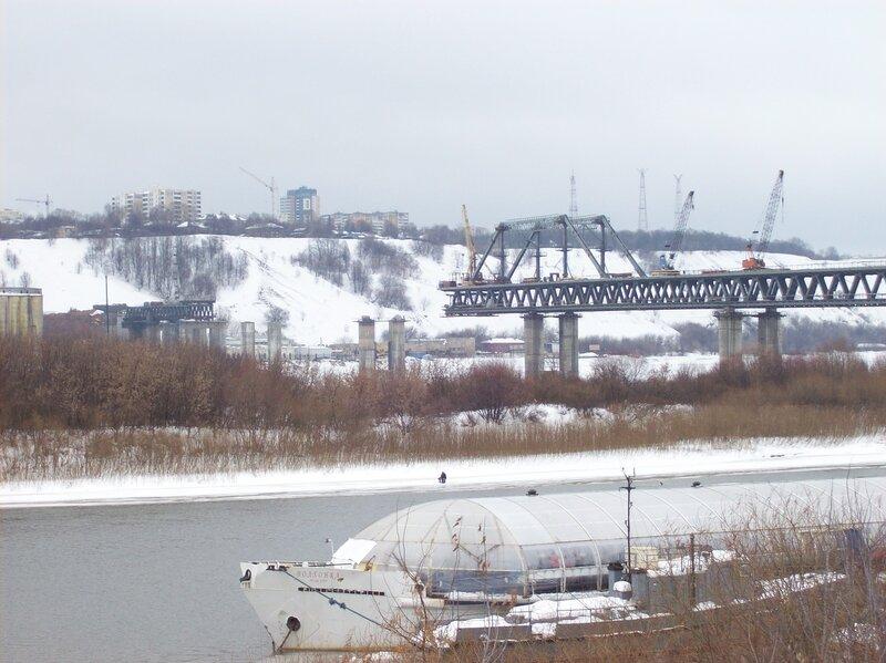 ...федеральную часть финансирования проекта строительства метромоста в Нижнем Новгороде на 1 млрд рублей.