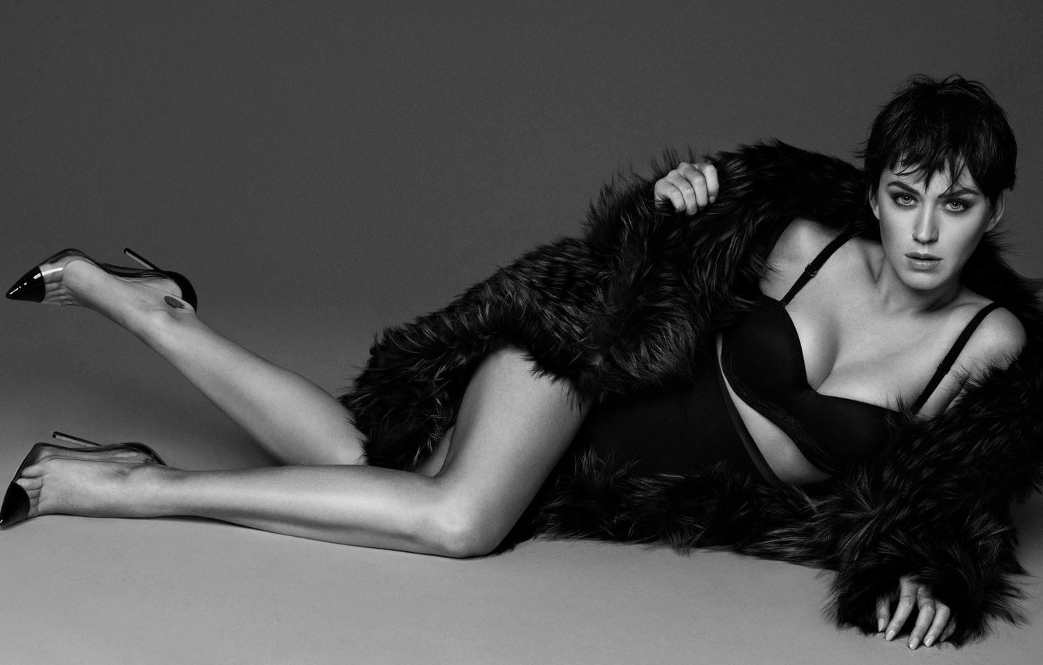 Американская певица и актриса Кэти Пэрри в журнале Vogue (11 фото)