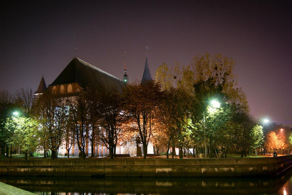 Фото ночного калининграда