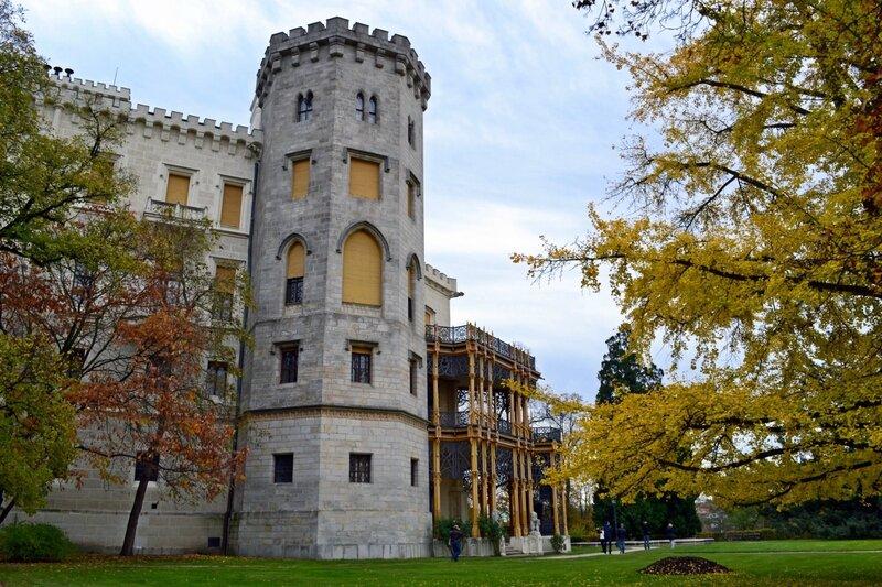 Осень у старого замка
