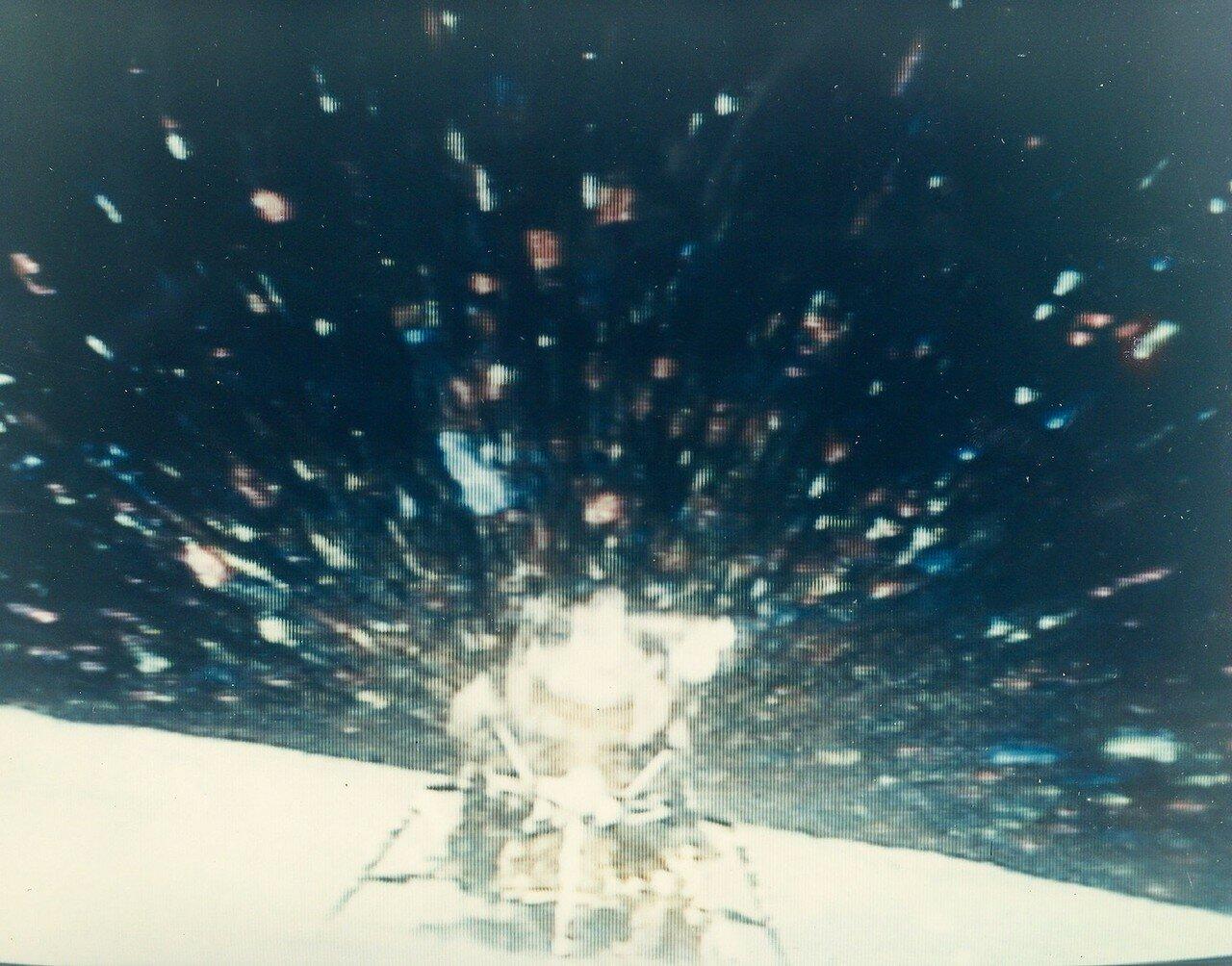 Зажигание основного двигателя взлётной ступени «Ориона» было включено в 175 часов 31 минуту 47,9 секунды полётного времени (01:25:47 UTC 24 апреля). На снимке: старт ЛМ