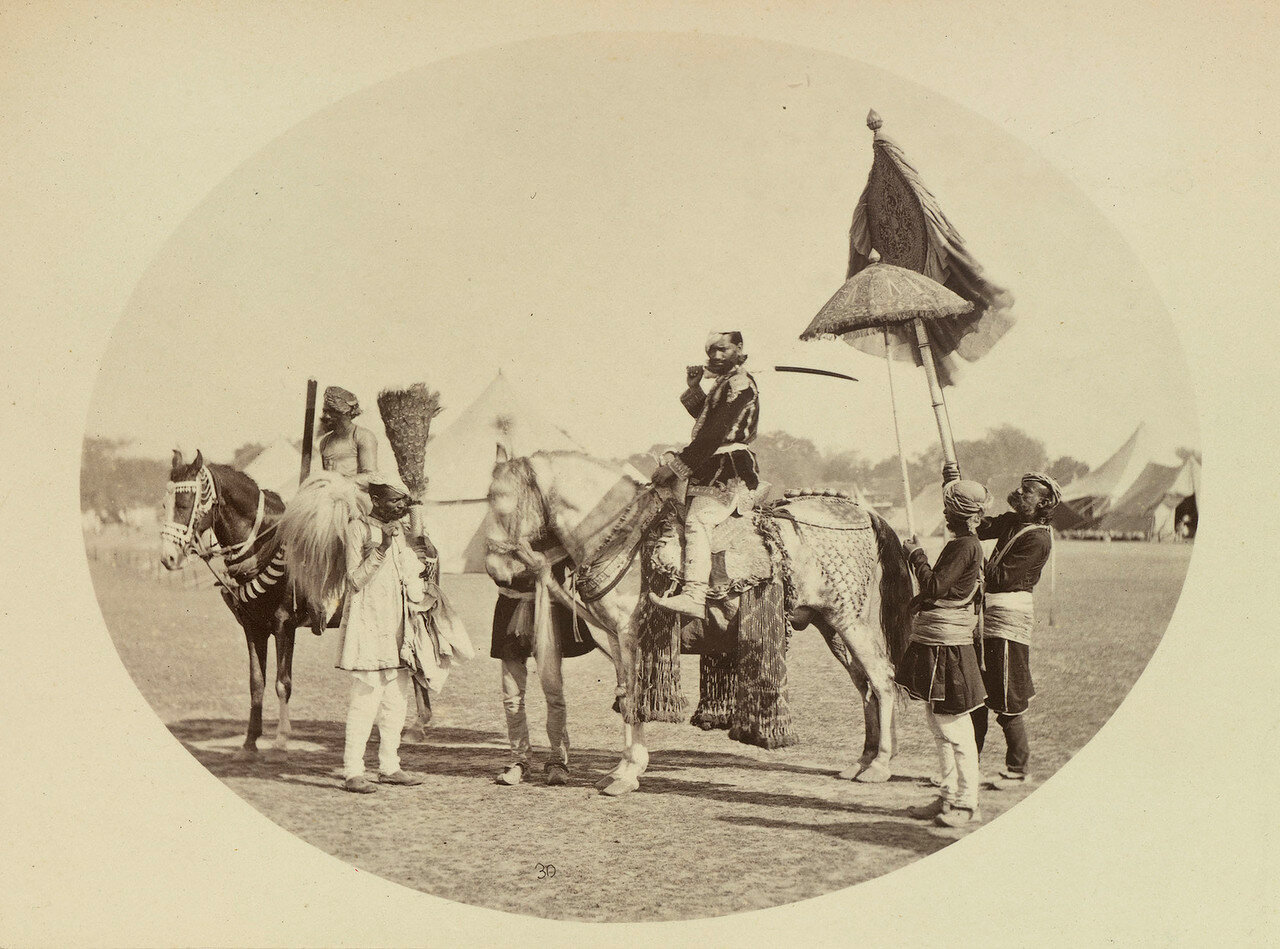 71. Пратап Сингх, махараджа Орчха на коне