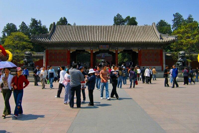 Восточные дворцовые ворота