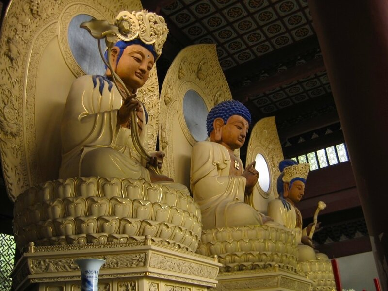Монастырь Линъиньсы, Ханчжоу, Будды трех времен