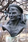 Памятник юнге Cашe Ковалеву