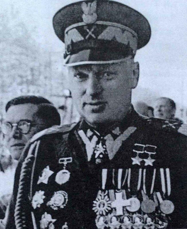 Ministr-Natsionalnoy-oboronyi-PNR-K.Rokossovskiy.jpg