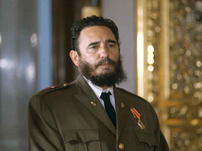 Фидель Кастро после вручения ордена Ленина Фото РИА Новости.jpg