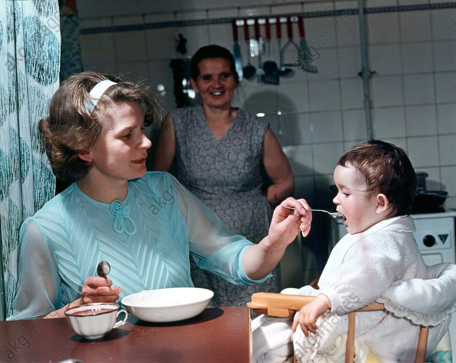 Hero of the Soviet Union Valentina Tereshkova with her daughter