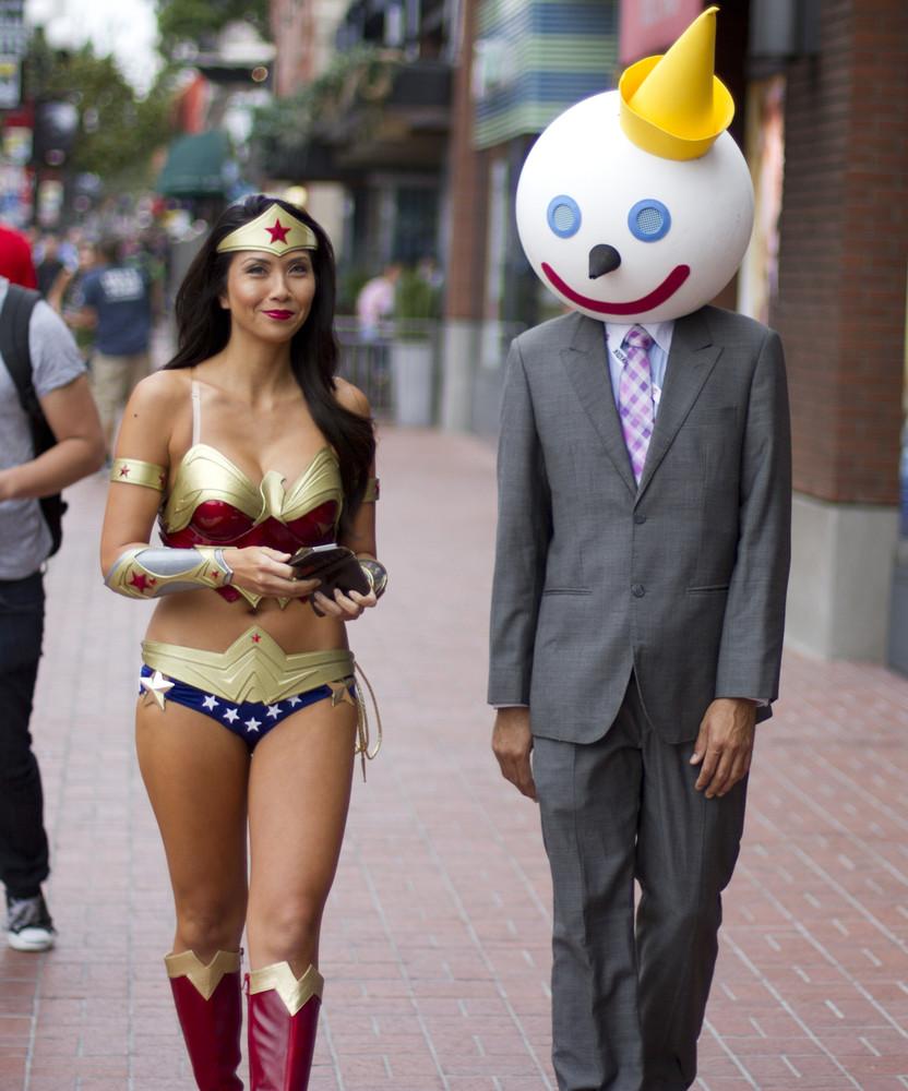 Девушки с San Diego Comic Con