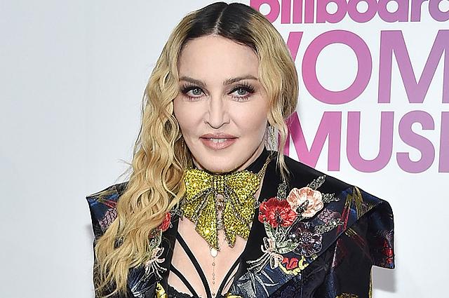 Мадонна подала прошение, чтобы усыновить еще двоих детей изМалави