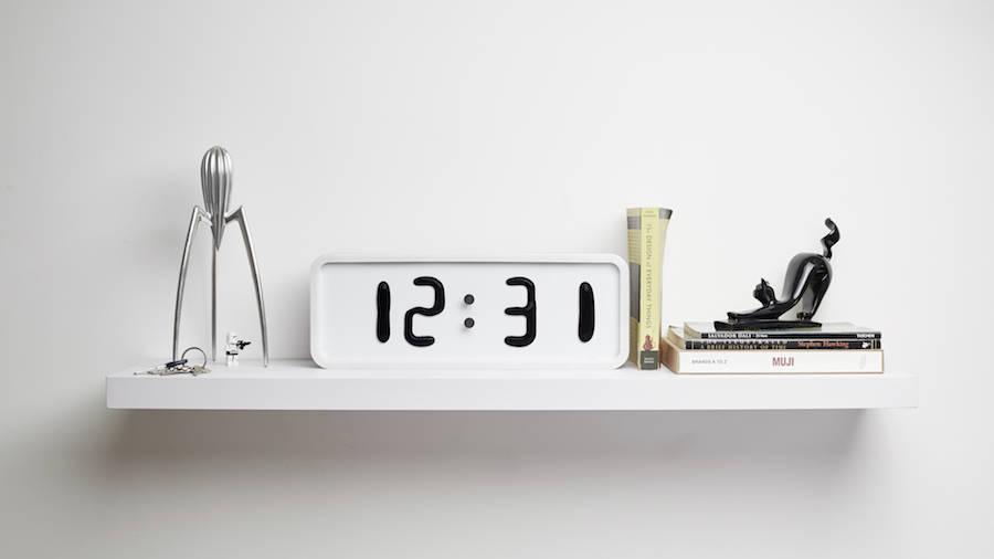 The Liquid Clock (11 pics)