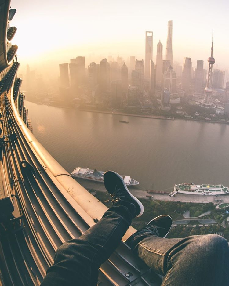 Stunning Pictures from the Top of Shanghai Skyscrapers