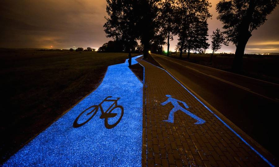 Phosphorescent Cycle Path in Poland (4 pics)