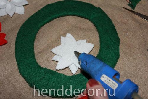 Мастер-класс: рождественская пуансеттия из фетра