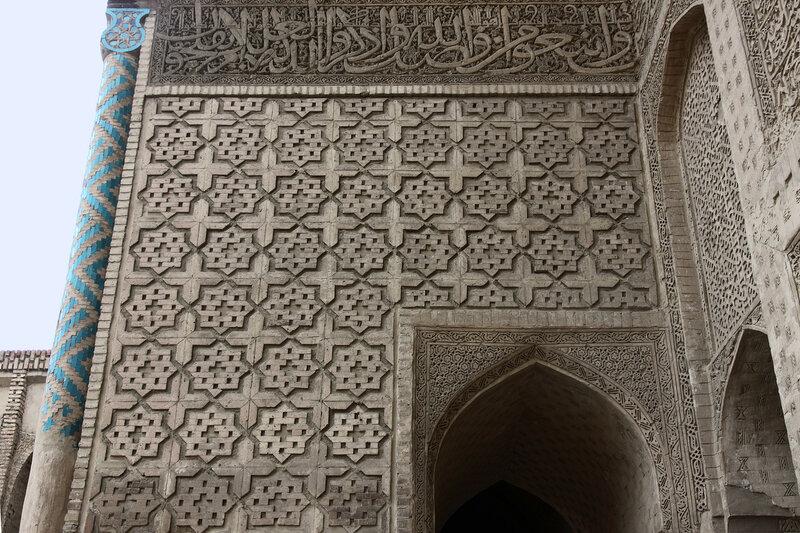 Декор боковой стены айвана