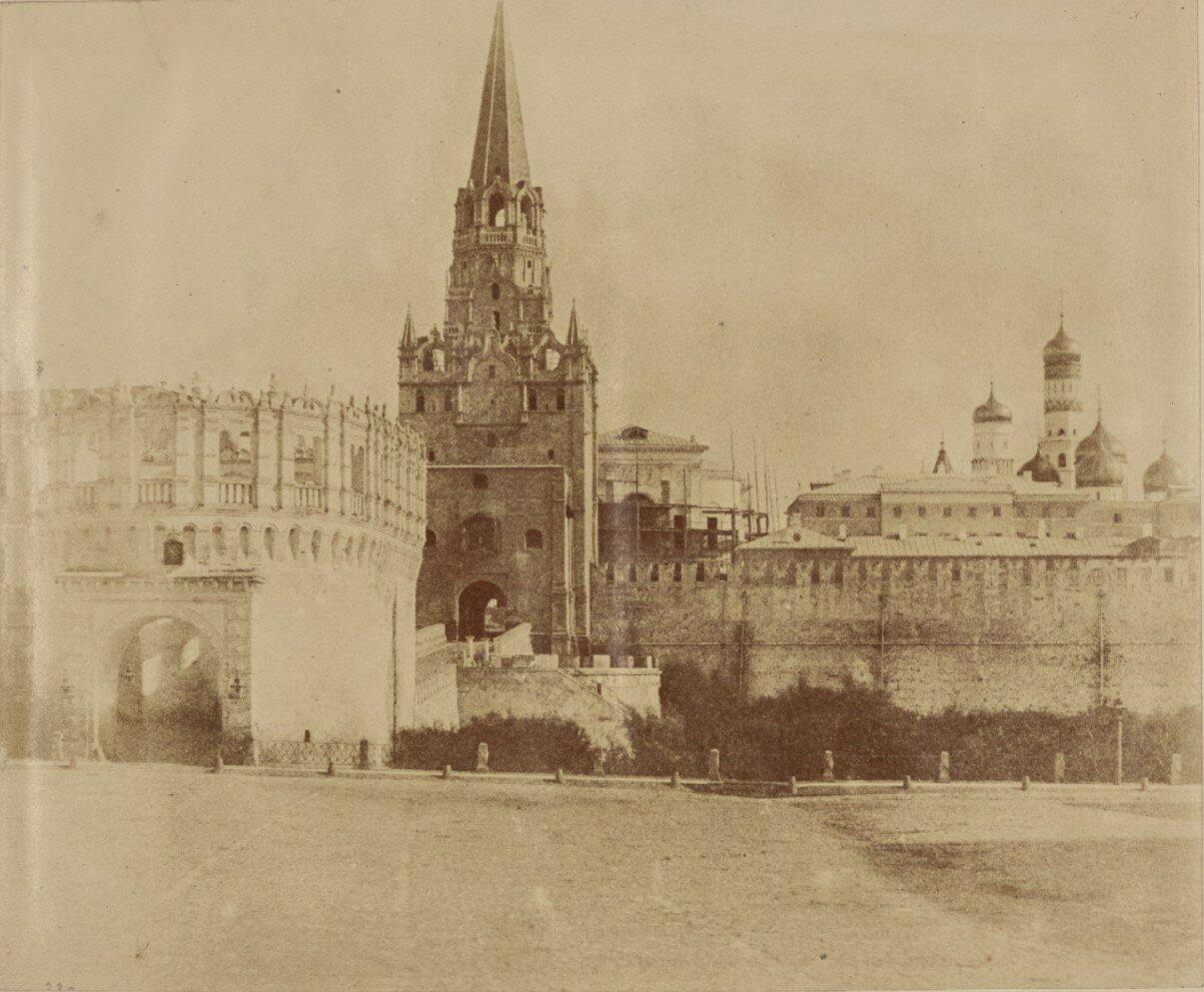 Кремль и Кутафья башня