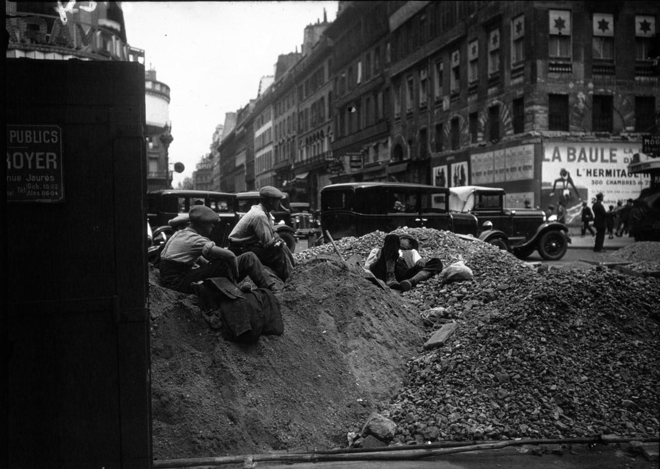 Дорожные работы на площади Оперы
