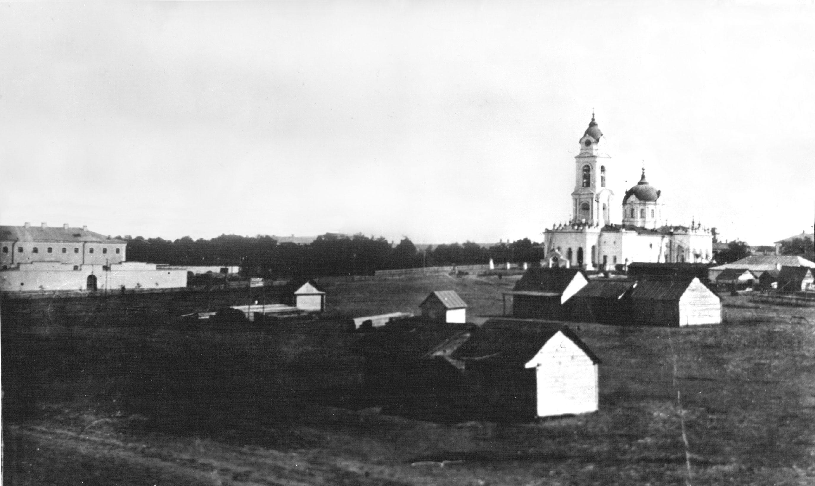 Покровский собор и тюрьма