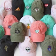 разнообразие кепок