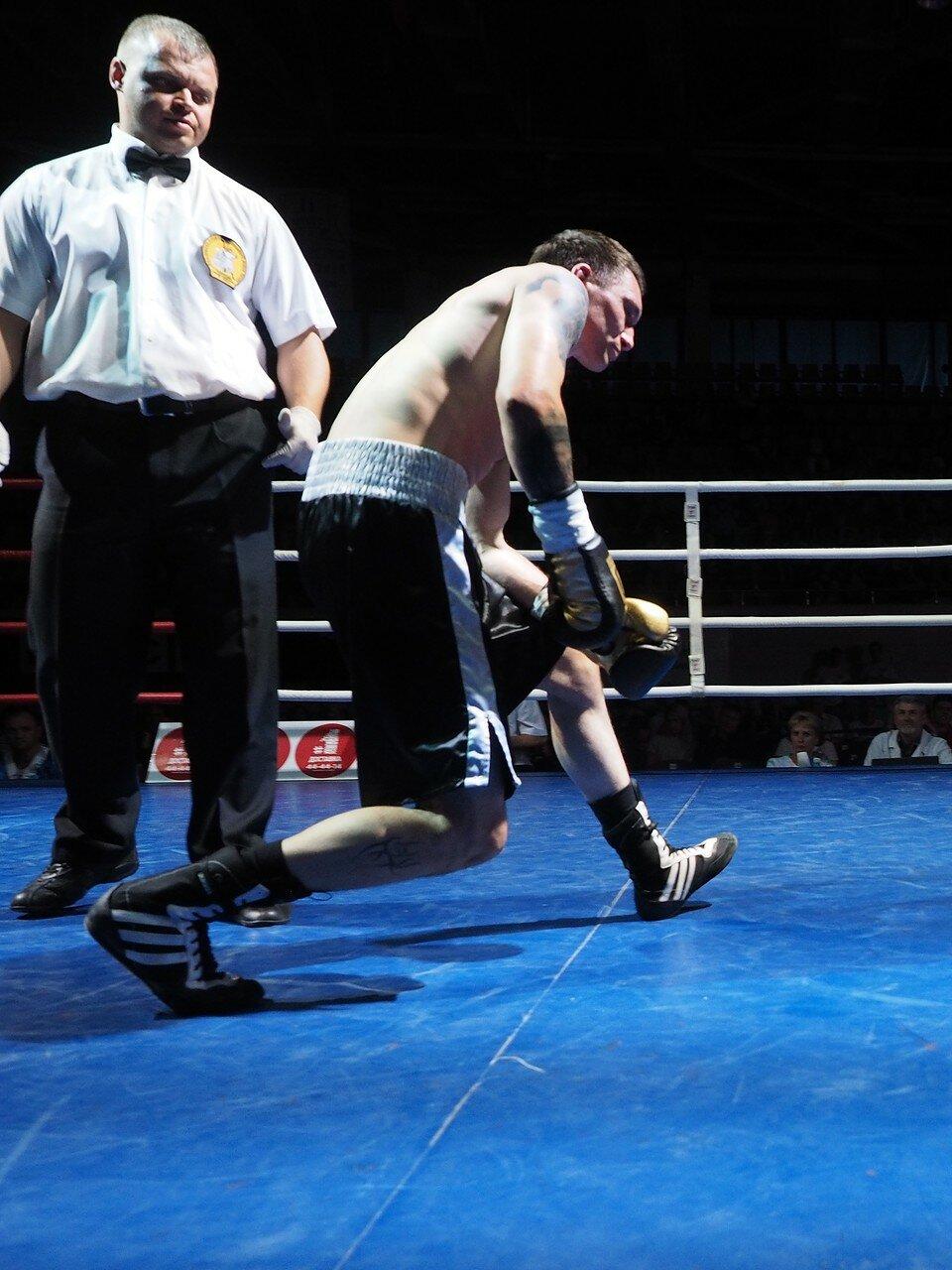 93 Вечер профессионального бокса в Магнитогорске 06.07.2017