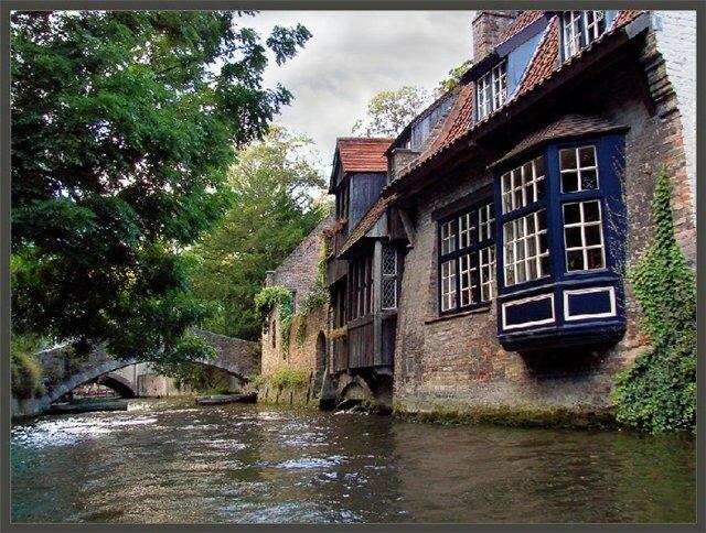 дом у моста.jpg