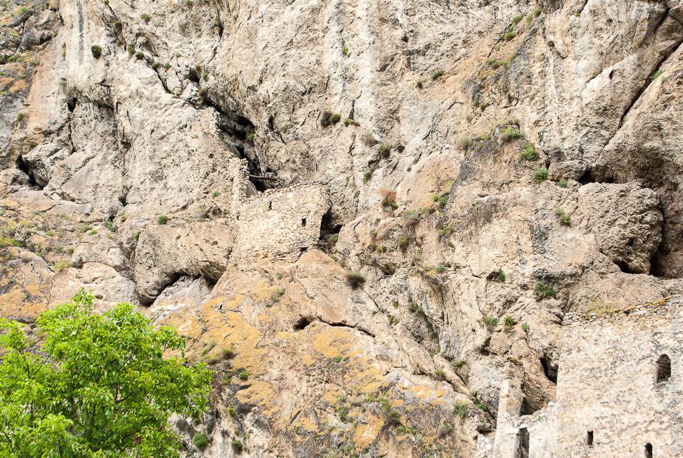 15. Дзивгисская крепость — самая крупная на Кавказе, в ней могли находиться десятки воинов.