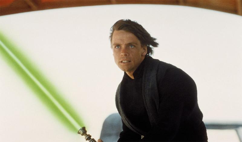 Энакин Скайуокер Самый несчастливый меч в нашей подборке. Энакин использует его в поединке с Оби-Ван