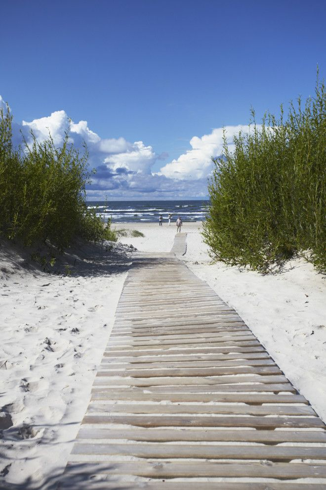 Лиепая - это младший брат Юрмалы - известного курорта на балтийском берегу. Лиепая также известна ка