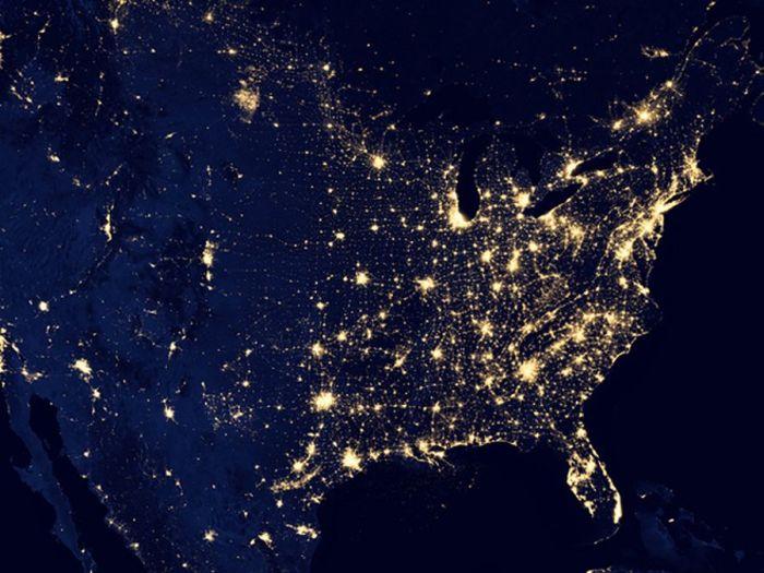 NASA показали как выглядит торжественная иллюминация городов изкосмоса