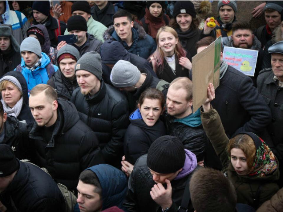 ВНовосибирске прошла акция вподдержку задержанных намитинге против коррупции