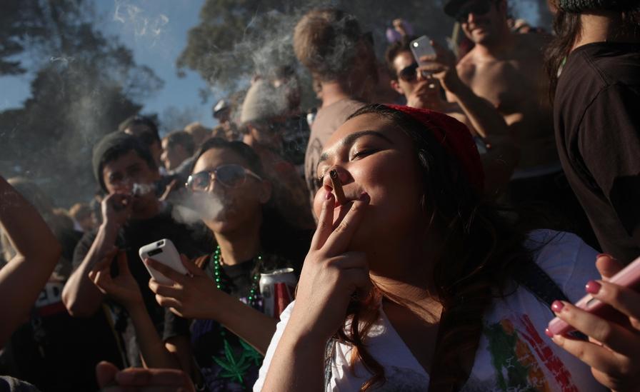 Ученые высчитали сколько наЗемле курильщиков