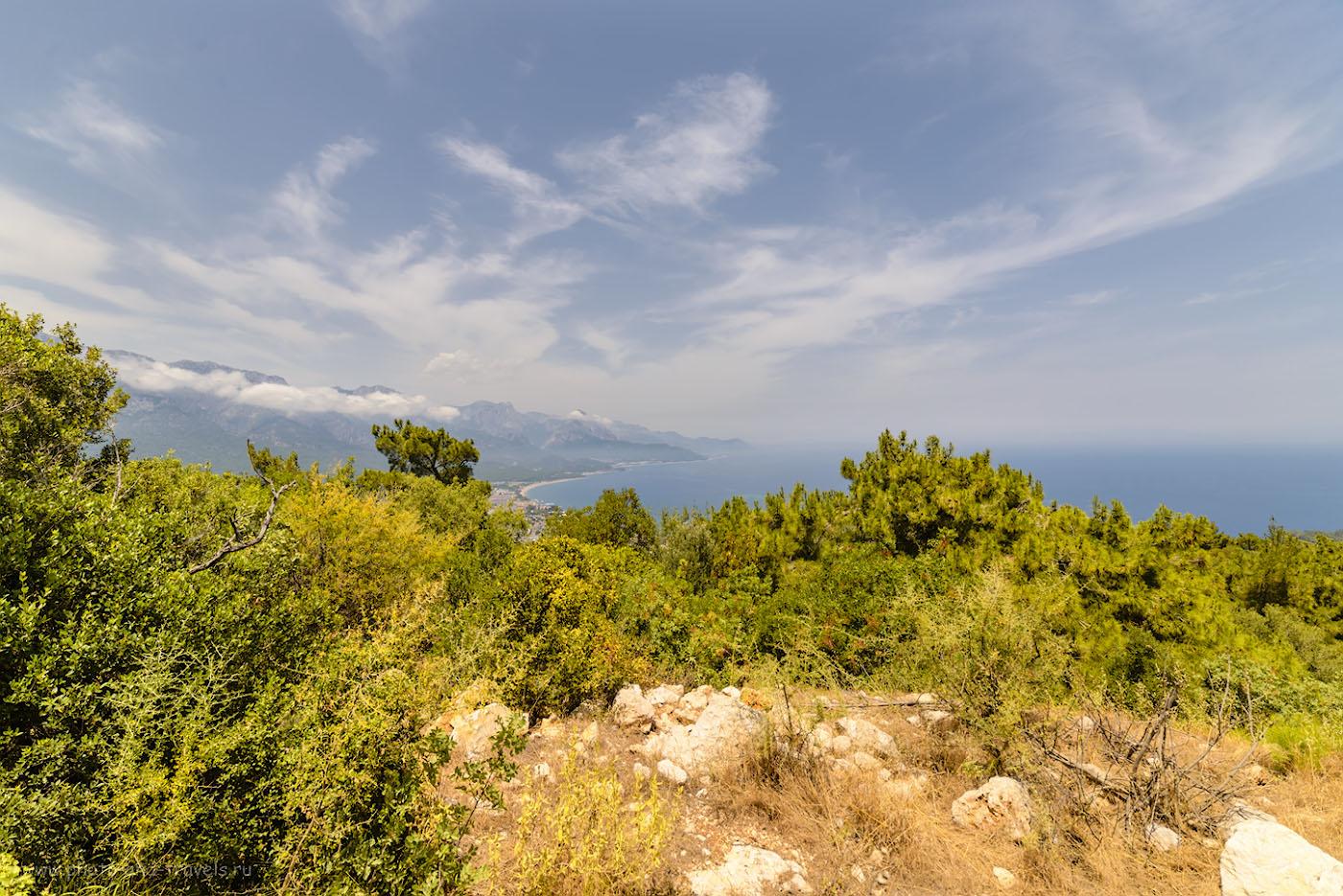 Фотография 10. Вид на курорт Кемер с вершины «горы с флагом». Отчет о приключениях в Турции. 1/400, -1.0, 8.0, 100, 14.