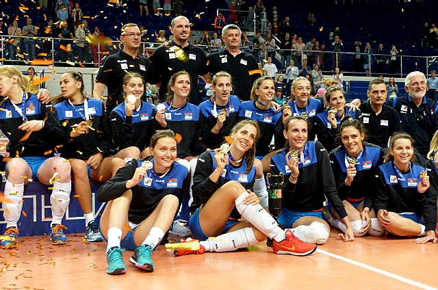 Волейболистки сборной Сербии увезли из Екатеринбурга Кубок Ельцина