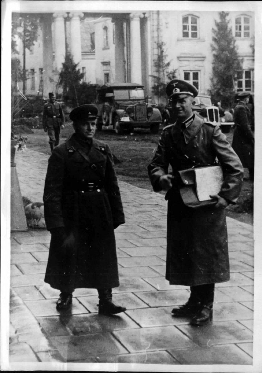 1939. Первый контакт германской и советских армий на фиксированной линии разделения войск