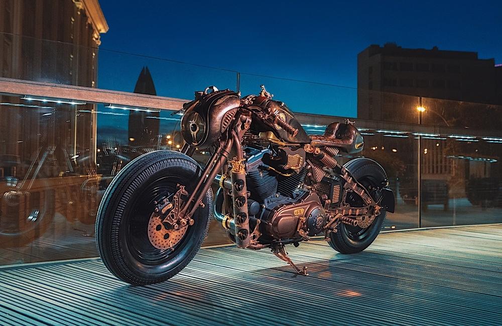 Кастом Harley-Davidson Sportster 883