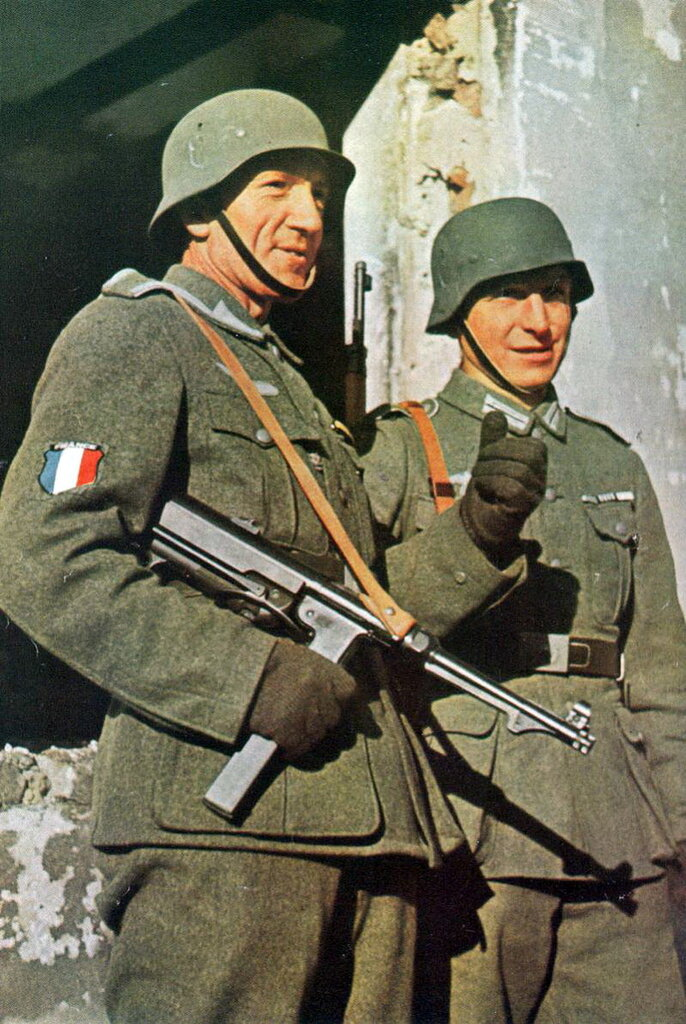 1941 Soldiers of the Legion des Volontaires Francais.jpg
