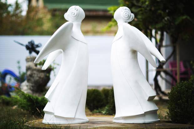 Улицы Киева украсят скульптуры ангелов из разных стран (фото)