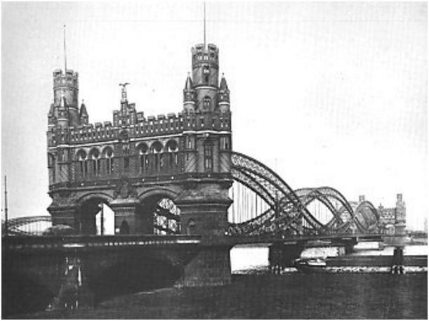 elbbrucke-bridge-in-hamburg-built-in-1875.JPG