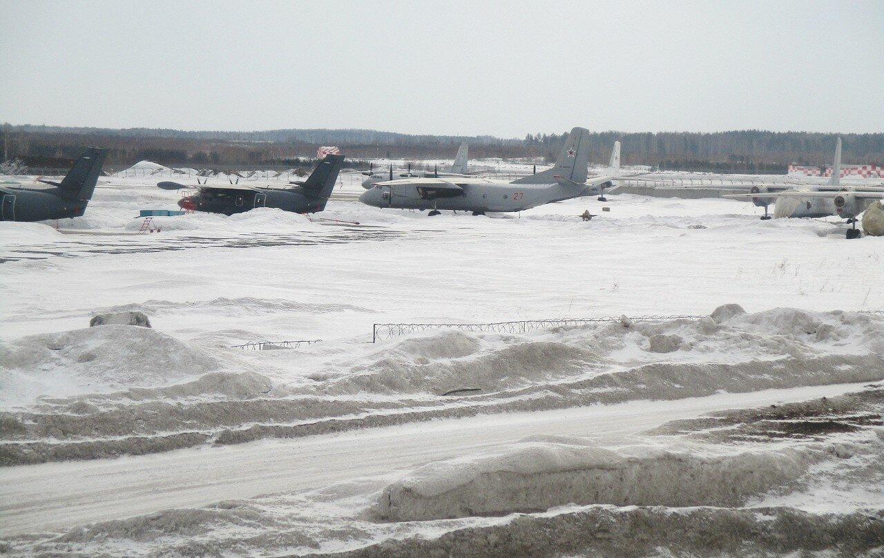 Аэропорт Кольцово. Военная зона
