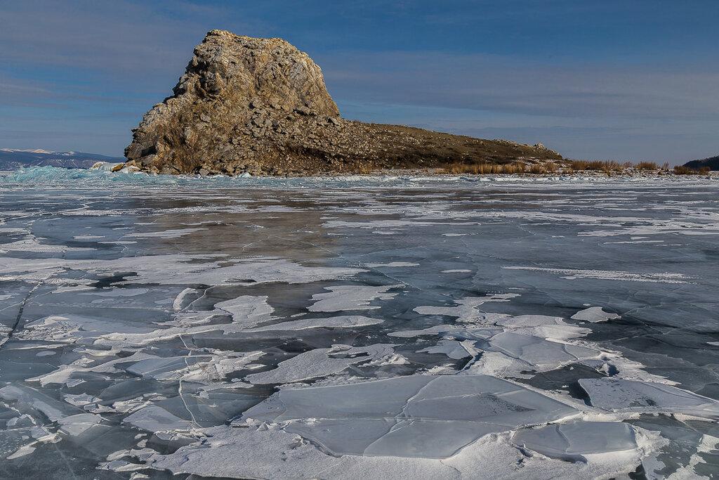 Байкал. Остров Ядор