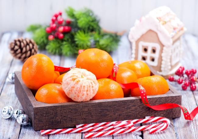 Вызадумывались, почему вовсех странах едят мандарины иапельсины наНовый год? (2 фото)