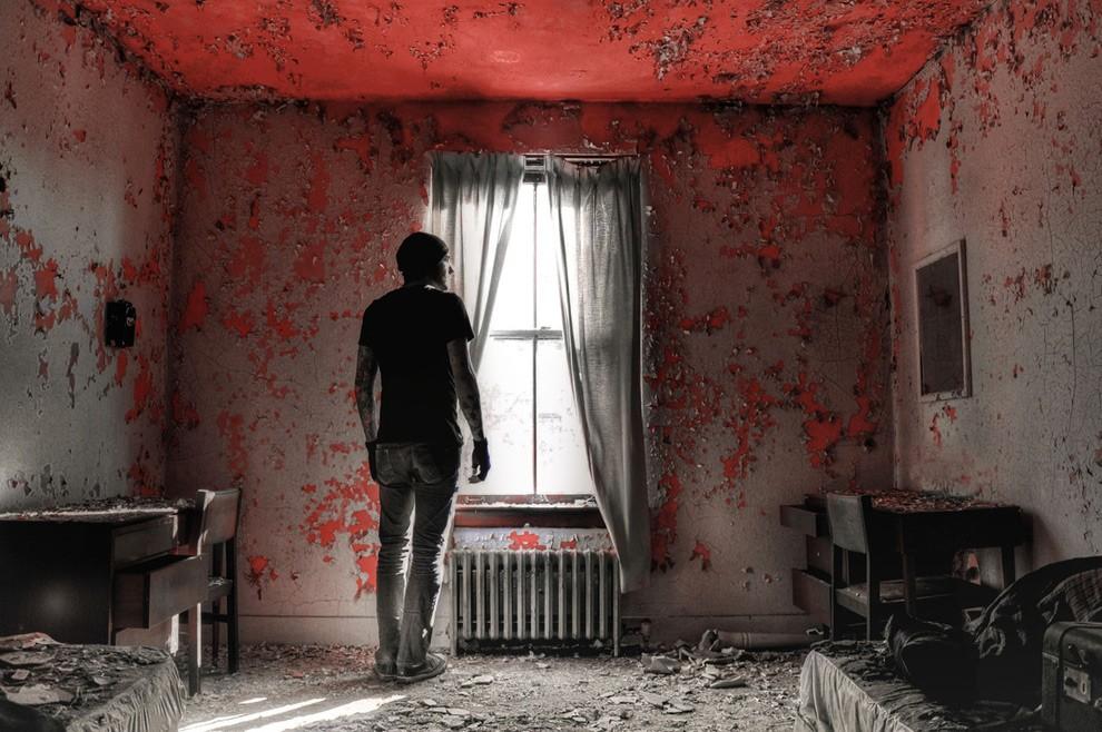 13. Этот заброшенный дом стал известен благодаря Энтони Сауэллу — серийному убийце, который прятал з