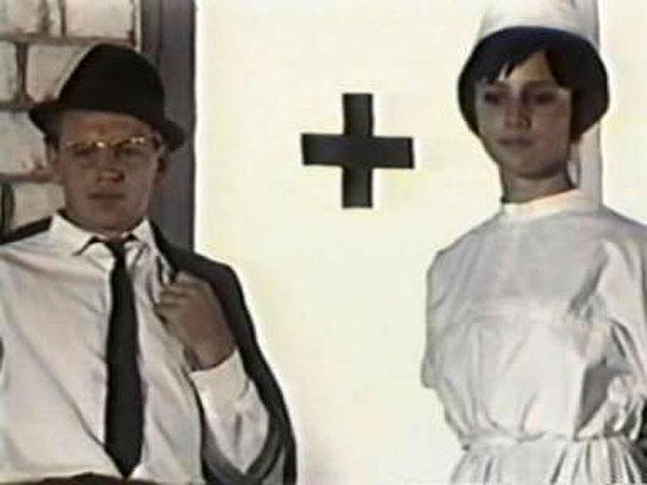 1966, «Формула радуги» — медсестра.