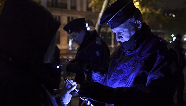 Французские спецслужбы задержали 11 человек, подозреваемых впособничестве террористам