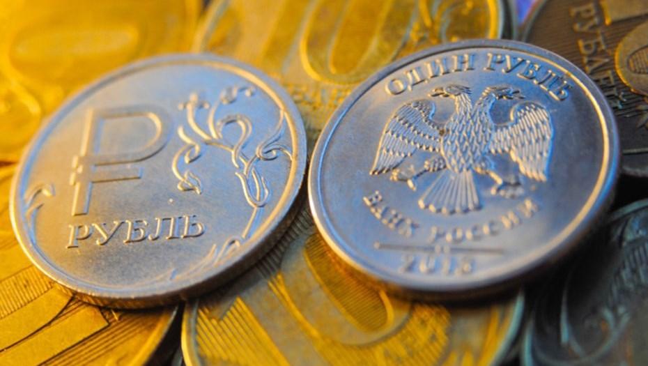 Рублю угрожает 10-процентная девальвация в 2017г.