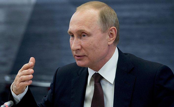 Путин поведал оманипуляции хакерами социальным суждением вСША
