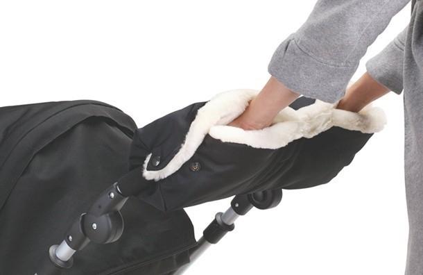 ВПетергофе похитили коляску сребёнком наданный момент похитительница малыша задержана