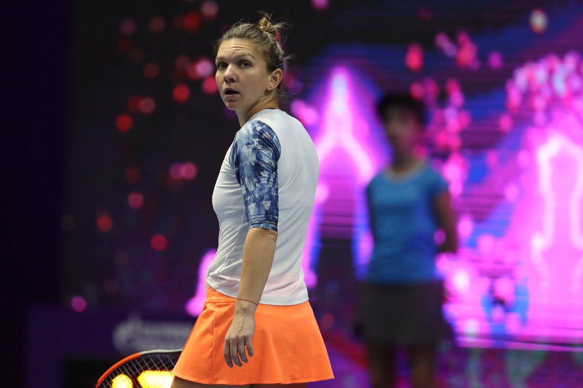 Халеп снялась стурнира в северной столице, Вихлянцева вышла вполуфинал